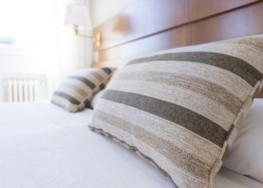 hospitality-industry-pillows-hotel-bed